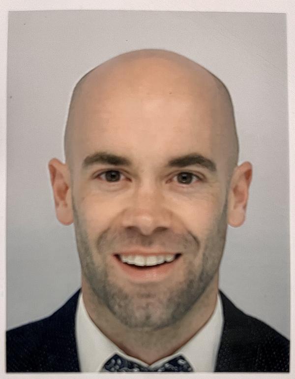 Dr.  Andew Drury